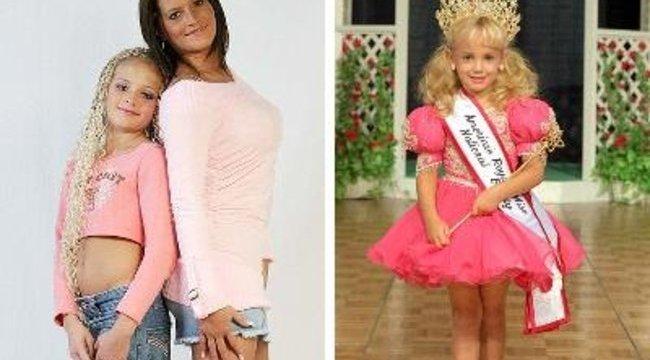 Aktmodellt csinál 11 éves lányából az anyja