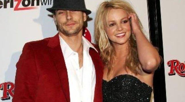 Britney visszafogadja exférjét