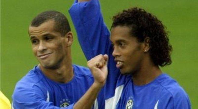 Rivaldo beszólt Ronaldinhónak