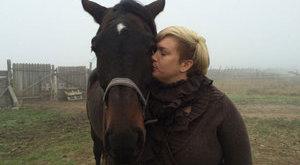 Döbbenetes: lóval fogyózik Molnár Anikó