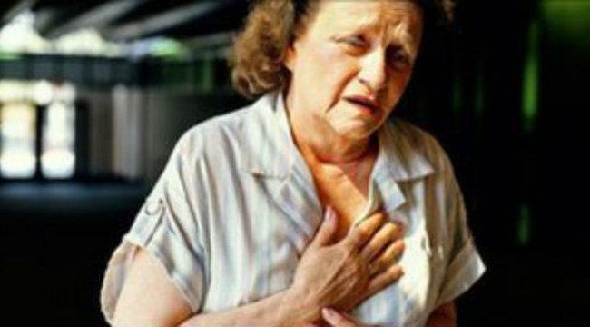 Idős nő életére tört a bajai kéregető
