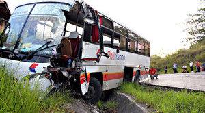 Súlyos buszbaleset Barcsnál