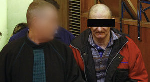 Felmentették a kínzással vádolt szülőket
