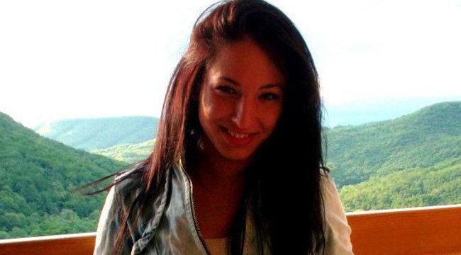 Csilla a legszexibb gimis angoltanárnő - fotók