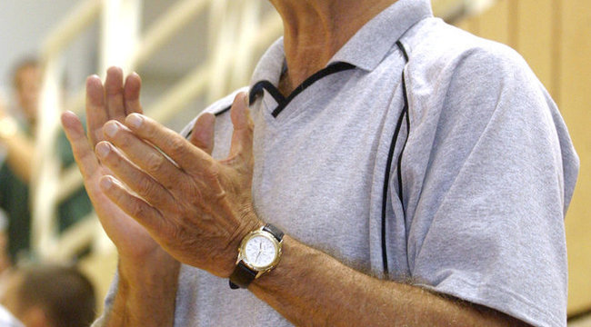 Kézibotrány: Laurencz óvja a lemondástól Farkast