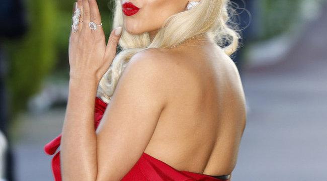 Durva: másolják Rita Ora száját