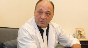 Hivatalosan is jogot sértett Bajor Imre orvosa