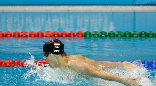 Phelps sapkájára fáj a foga a magyar bajnoknak