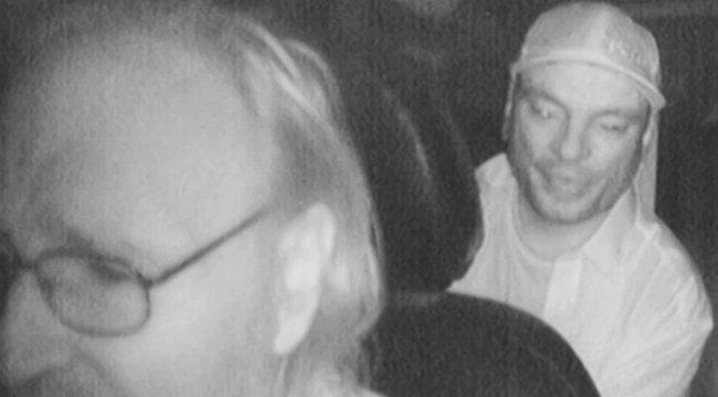 Sokkoló: így szúrta le a taxist a horrormegszállott - videó
