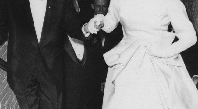 Sinatrának megvolt Kennedy özvegye is?