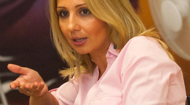 Gombos Edina: nem végleg költöztem el
