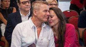 Így csókolja Rékasi Pikalit - fotók