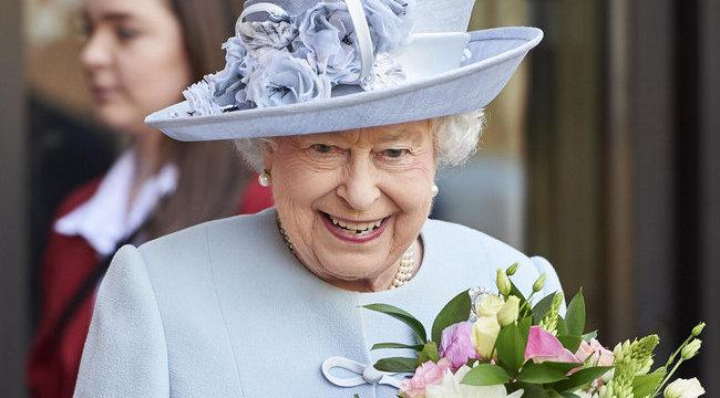 Hihetetlen rekordot döntött meg II. Erzsébet