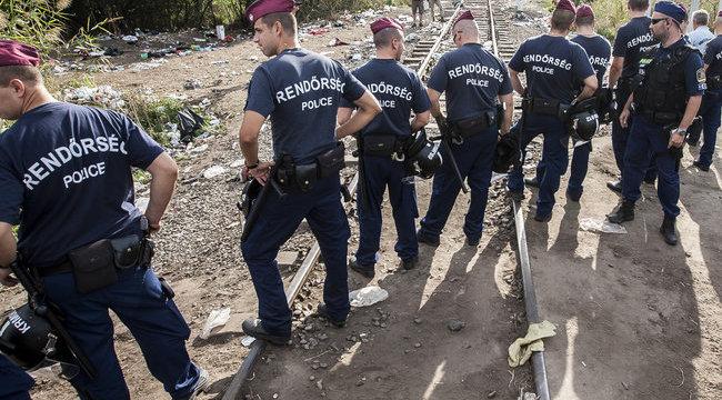 Szerbiában ragadtak Gyurcsányék - galéria