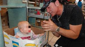 Hihetetlen: Kozso csodát tett a babával