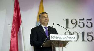 Ovisokat riogatott a menekültekkel Orbán