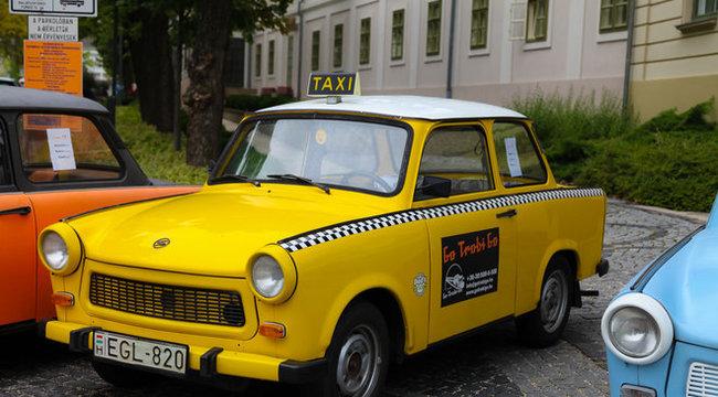 Trabant-taxi óránként hatezerért