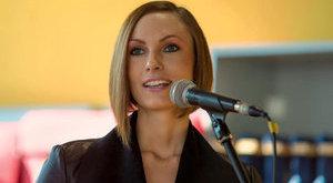 Szexi fitneszes lett a Fidesz sajtósából