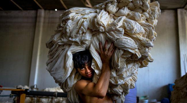 Iszonyú: napi 88 forintért dolgoztatják a gyerekeket