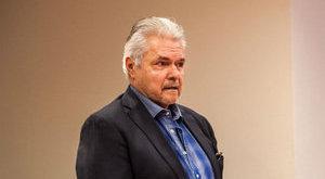 FBI-ügynöknek adta ki magát az ittas Oszter Sándor