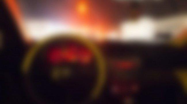 Egy benzinkúton hagyta feleségét a feledékeny férj