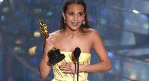Mutatunk egy rakás képet az Oscar-gáláról