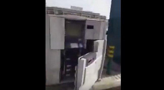 Ön is ezt tenné, ha nyitva találná a bankautomatát? - videóval