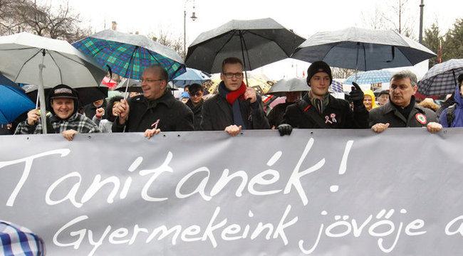 Lehet Magyarországon jogszerűen sztrájkolni?