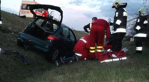 M5-ös: kirepültek az utasok a kocsiból - fotók