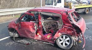 Rommá tört a kisautó a pesti balesetben