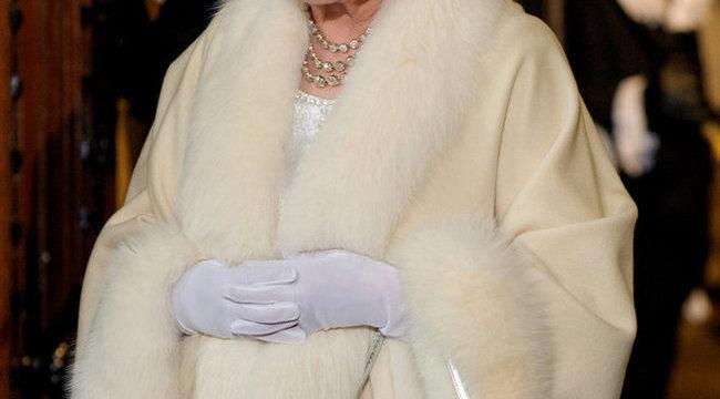 Tudja, mit csinál minden délelőtt II. Erzsébet?