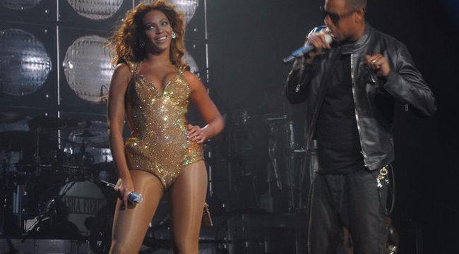 Visszavág feleségének a megcsalással vádolt Jay-Z