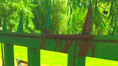 Felnyársalta magát egy férfi a csepeli strand kerítésén