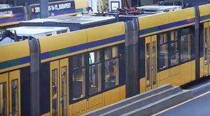 Így fosztják ki a 4-6-os villamoson utazókat – videó