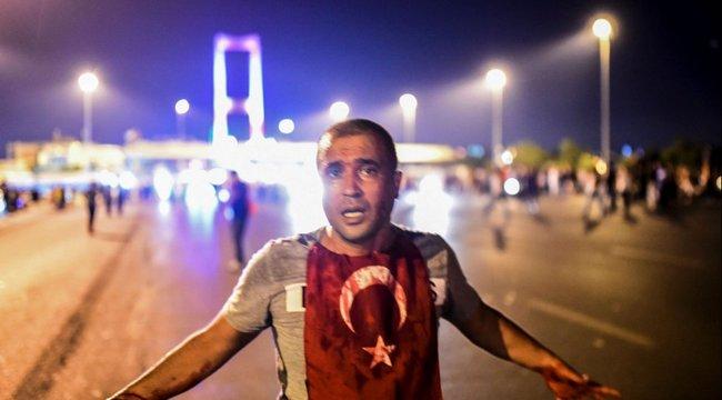 Így nézett ki a török puccs – videók