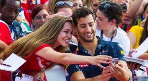 """""""Kár, hogy nem szombaton rendezik a versenyt"""" – többet csajoztak volna Budapesten az F1-pilóták"""