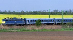 Hupsz! Reggel eltévedt az Alpokalja Intercity vonat