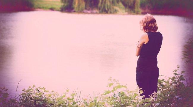 Babára vágyott: a folyóba vetette magát Krisztina