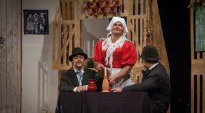 Mit keresnek elítéltek a József Attila Színház színpadán?