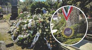 Érmét is elhozták a tragikusan fiatalon távozott Zsófinak