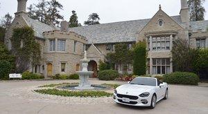 27 milliárdért kelt el a Playboy-villa
