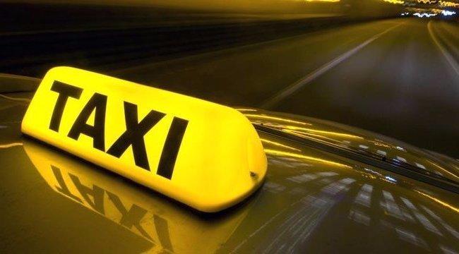 Taxit üldöztek a rendőrök Budapesten – FRISSÍTVE