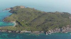 Vásároljon most saját földközi-tengeri szigetet!