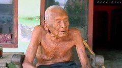 Évek óta a halálra vár a világ legöregebb embere