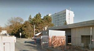 Eltűnt egy 15 éves lány a váci kórház gyerekosztályáról