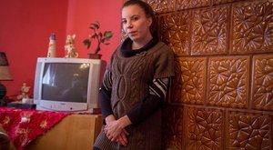 Rab küldözget pénzt a gerincbeteg Reginának