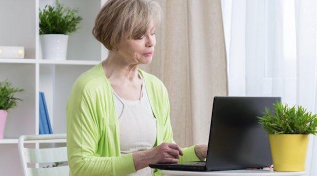 Nagy eséllyel párra lel a nagyi az internetes társkeresőn