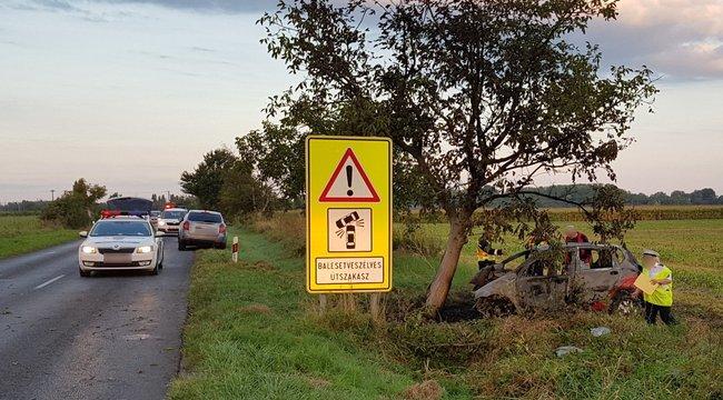 Kocsijában égve találtak rá egy fiatal nőre Ráckeve közelében - fotók