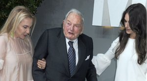 Pénzért vásárol életet magának Rockefeller