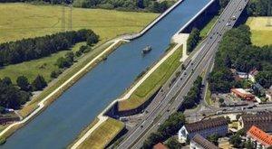 Hídnak ütközött egy Budapestre tartó szállodahajó - magyar halálos áldozatok